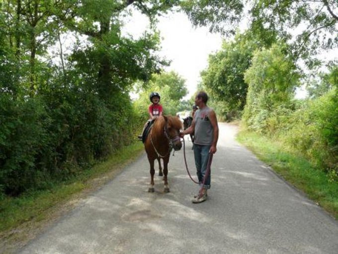 poney-pescalis-moncoutant-lucie